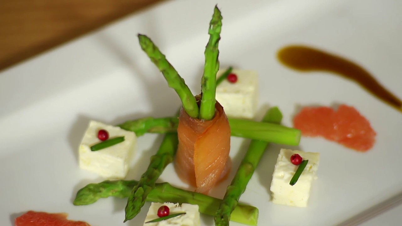 Healthy Bites: Smoked Salmon Salad