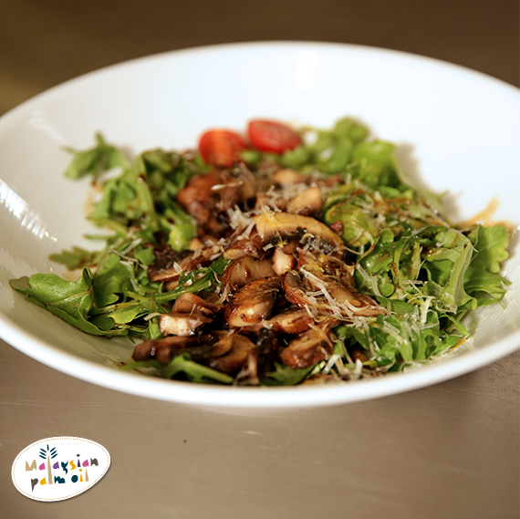 Jochen Stir-Fried Portobello Mushroom on Arugula